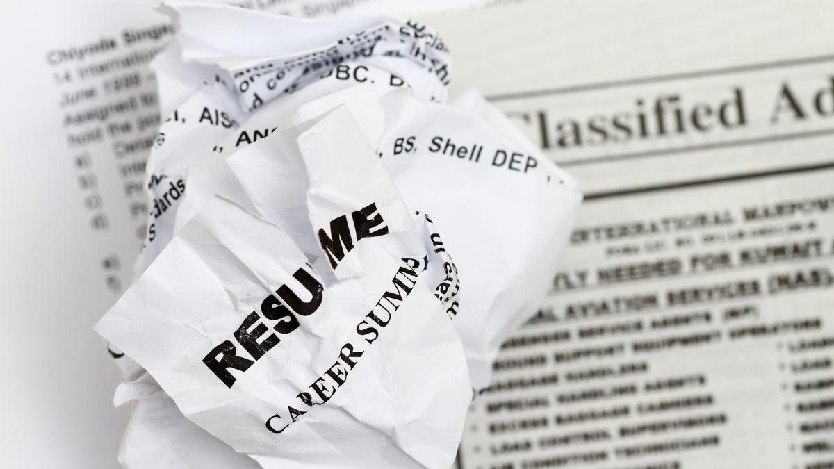 Resume Mistakes Careerbuilder Survey Of Most Outrageous Resume Mistakes Phoenix