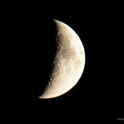 Månen den 19 okt 2015