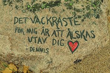 Skrivet i sten - av Margareta