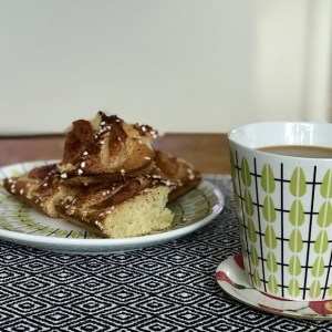 Dag 6 Kaffe o nybakt äppelkaka avnjutes
