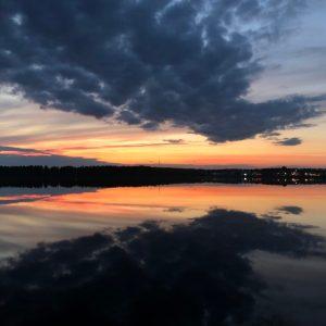 Solnedgång över Norra hamnen sett från Udden kl 00.30 den 22 maj - av Ewa