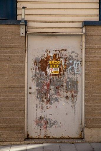 Gatumiljö - Dörren i Luleå - av Eva