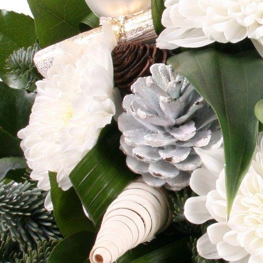 Blumenstrau Winterzauber mit Gratiszugabe Ihrer Wahl