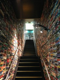 Book-lined staircase / Boing Boing