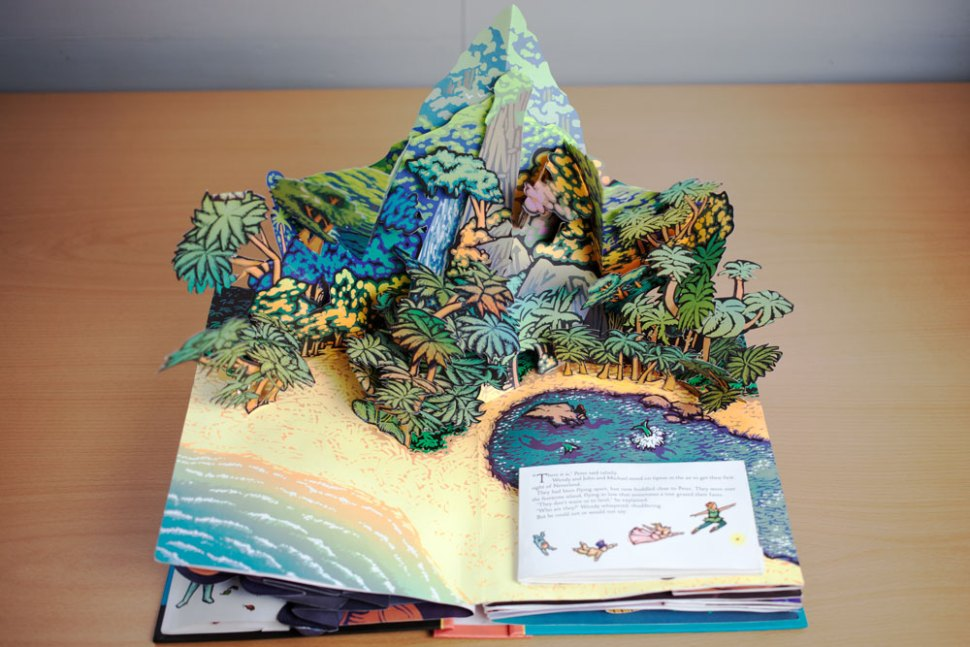 Dig this awesome Peter Pan pop-up book / Boing Boing
