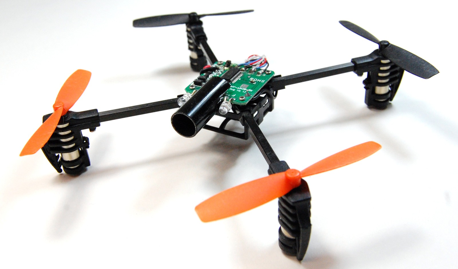 Build a micro-sized first-person-view quadcopter / Boing Boing