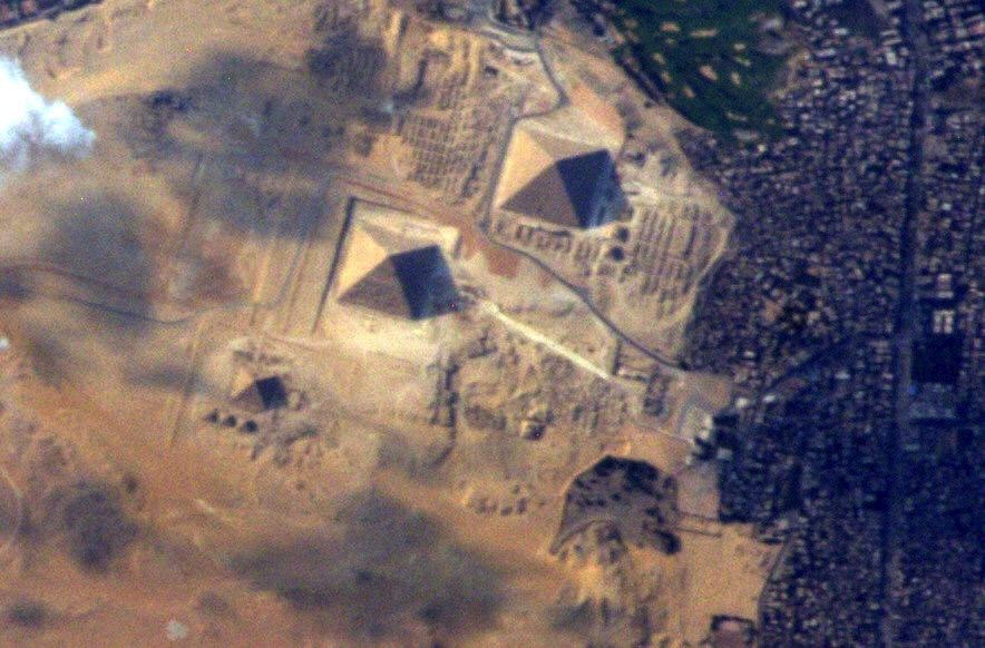 great-pyramids-virts-iss