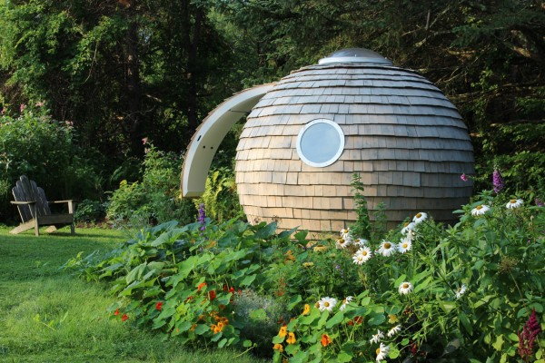 Podzook-Archipod-Backyard-pod-1