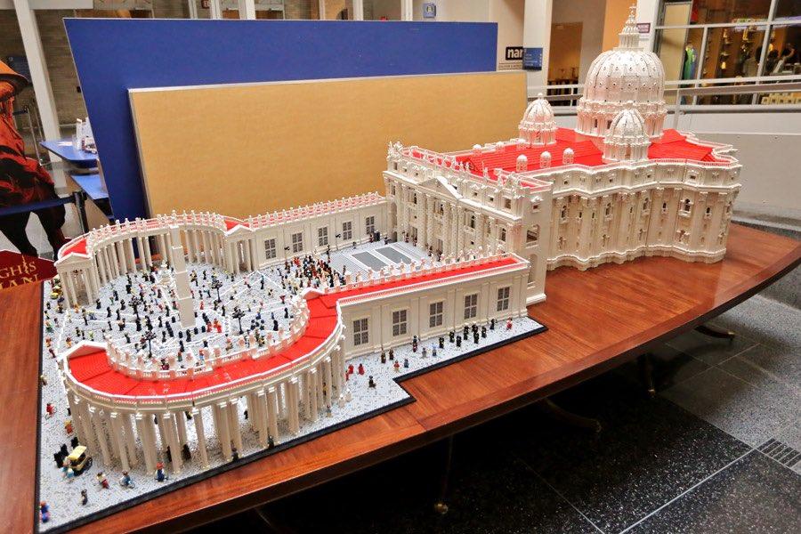 LEGO-Vatican-B-(37)-900vp