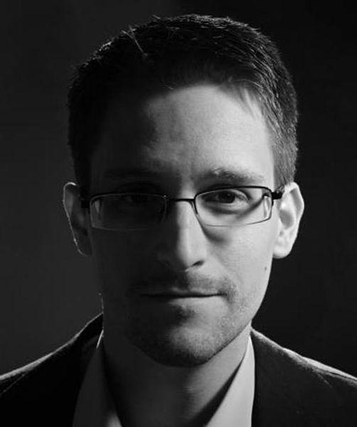 Edward-Snowden-FOPF-2014