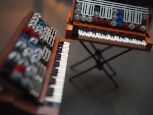 minimoog-lego6