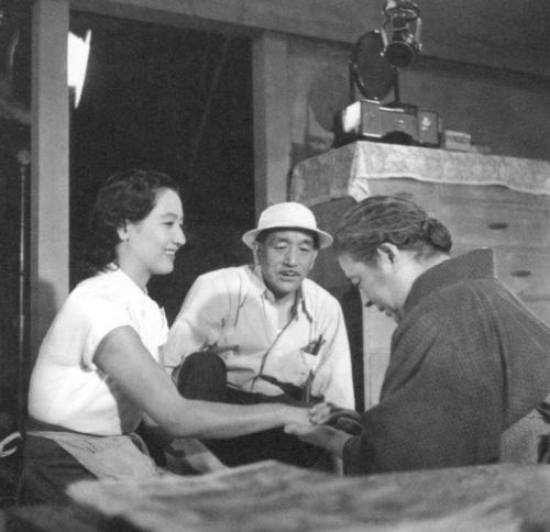 Ozu, Center, directing Hara (left) and (Chieko Higashiyama (right) in Tokyo Story