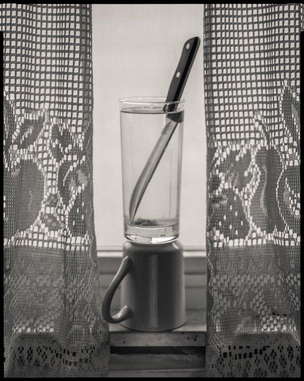 ff_flint-knife_water