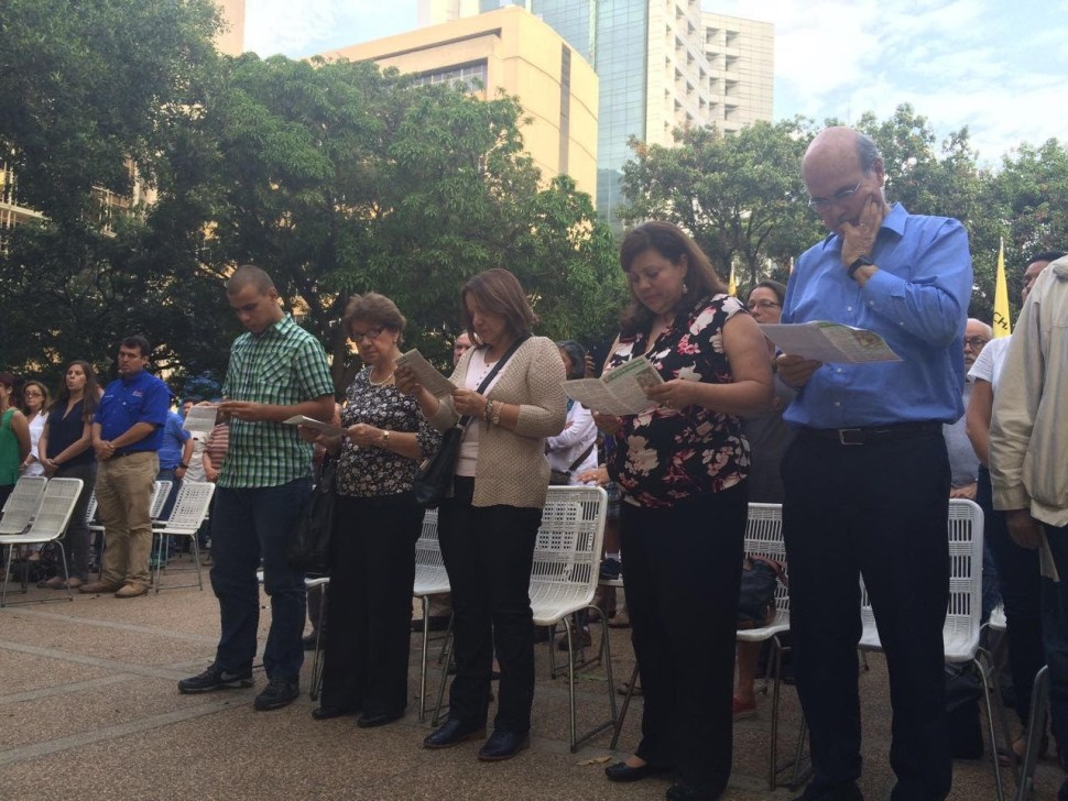 A family mass to pray for the release of their family members. Photo courtesy of Marquez-Lara family.