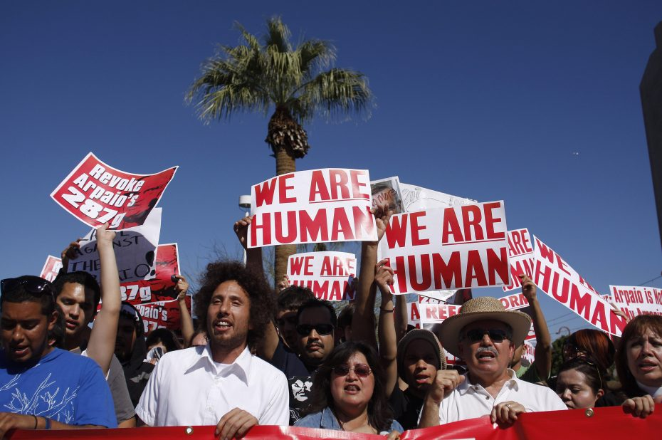 Zack de la Rocha, then of Rage Against the Machine, leads a protest against racist sheriff Joe Arpaio of Maricopa County, in Phoenix, Arizona, February 28, 2009. REUTERS