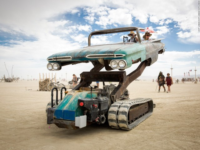 The Mutant Vehicles of Burning Man