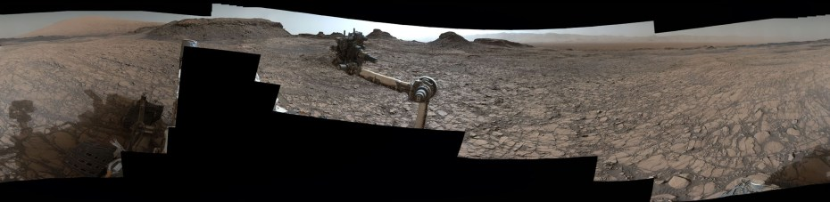 "360º pano from Mast Camera (Mastcam) on NASA's Curiosity Mars rover, as it neared ""Murray Buttes"" on lower Mount Sharp. [NASA]"