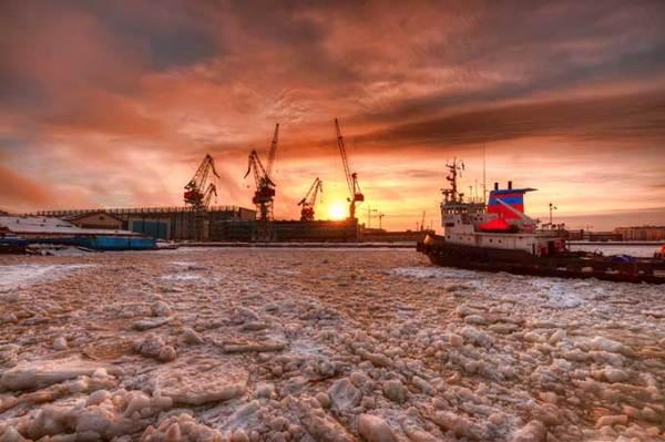 Image: Helsinki shipyard in winter by Mikko Luntiala/wikimedia