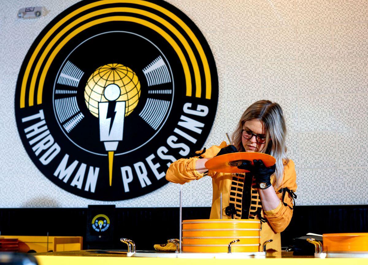 Lovely Tour Of Jack White S Detroit Vinyl Record Plant