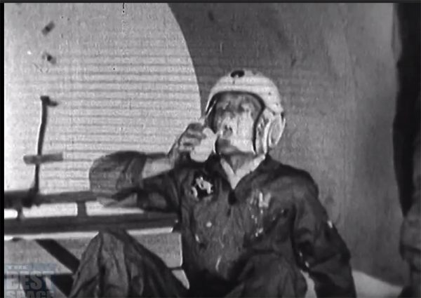 1966 space documentary shows earliest attempts to eat in zero
