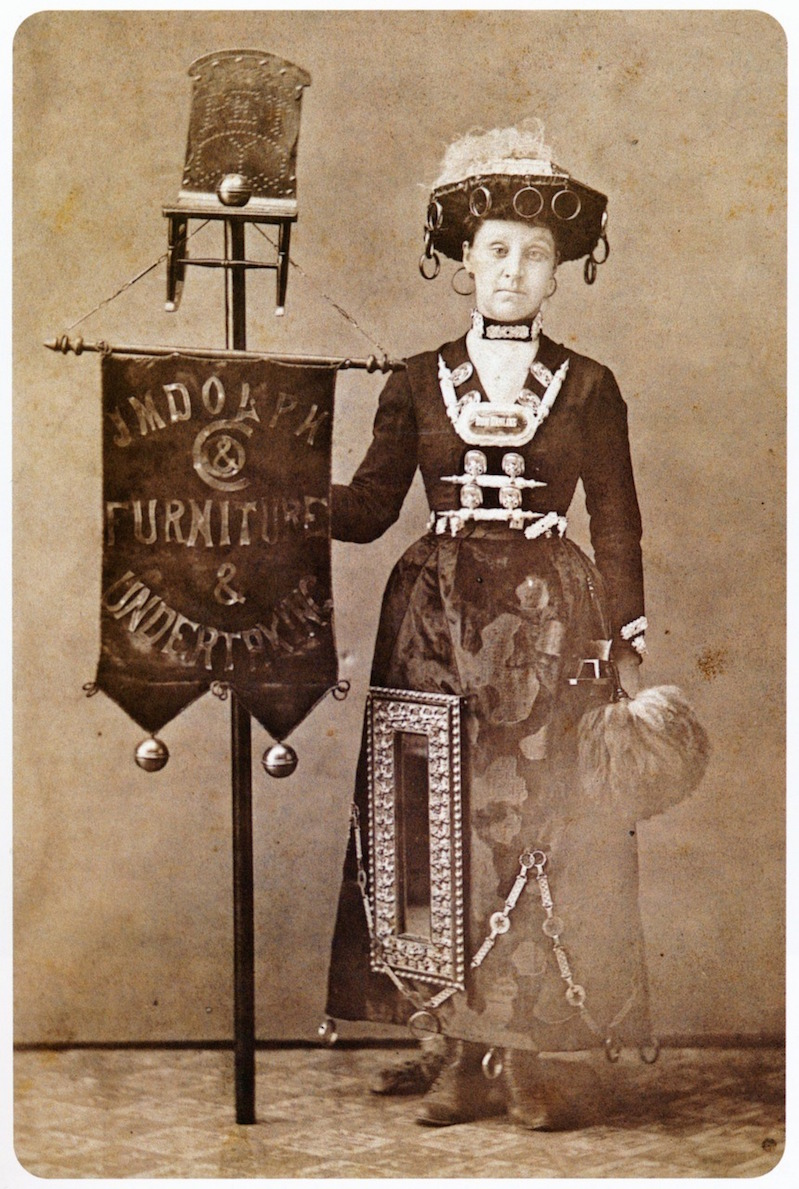 The Cabinet Card Fad Saw 19th Century Women Dressing In
