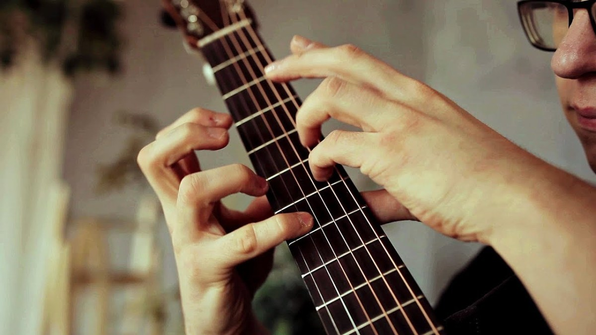 watch this fingerstyle guitar maestro cover a ha 39 s 39 take on me 39 boing boing. Black Bedroom Furniture Sets. Home Design Ideas