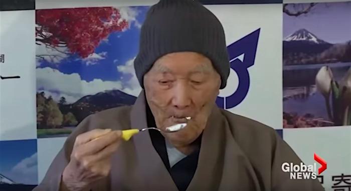 Jiroemon Kimura 2013 Oldest man on earth ce...