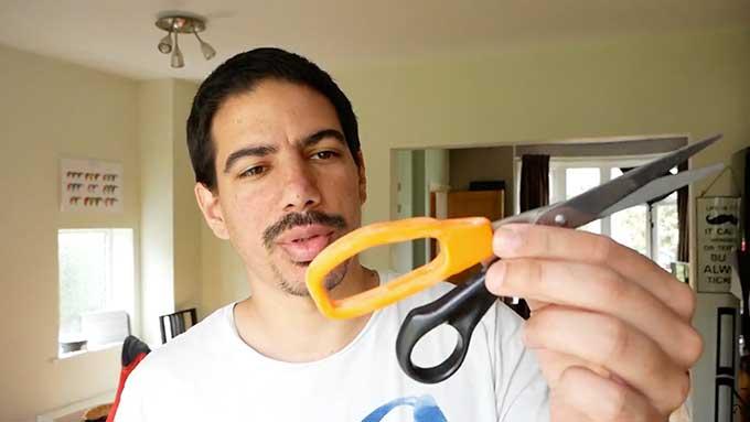 How to fix broken scissor handles with a 3D printer