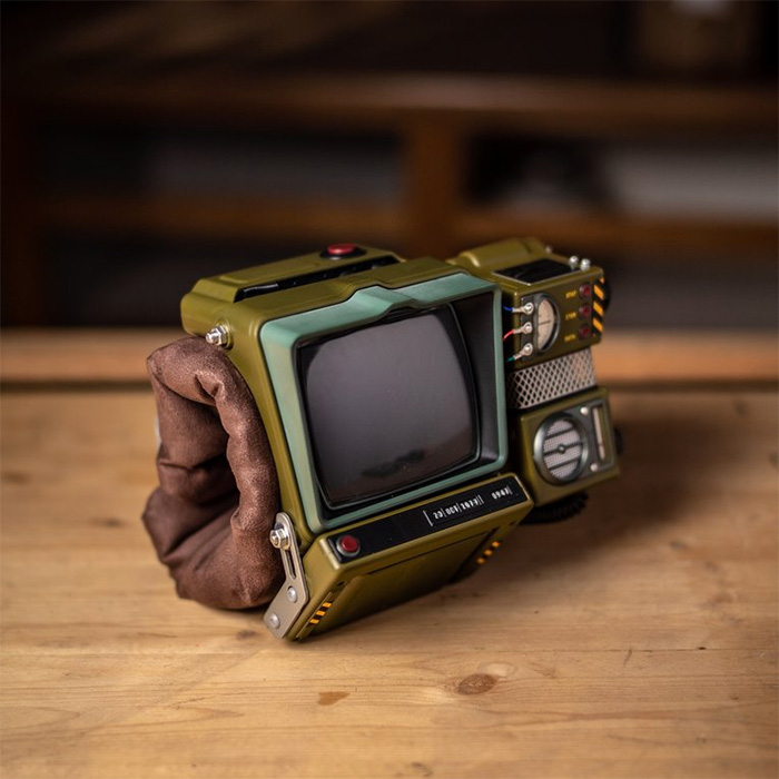 150-piece Fallout 76 Pip-Boy 2000 construction kit / Boing Boing