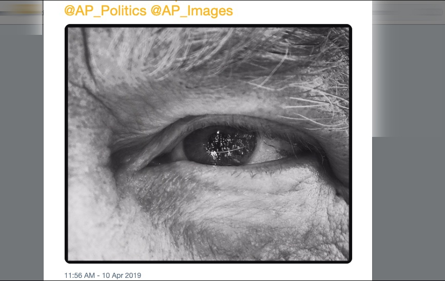 Stunning photo of the media reflected in Trump's eyes