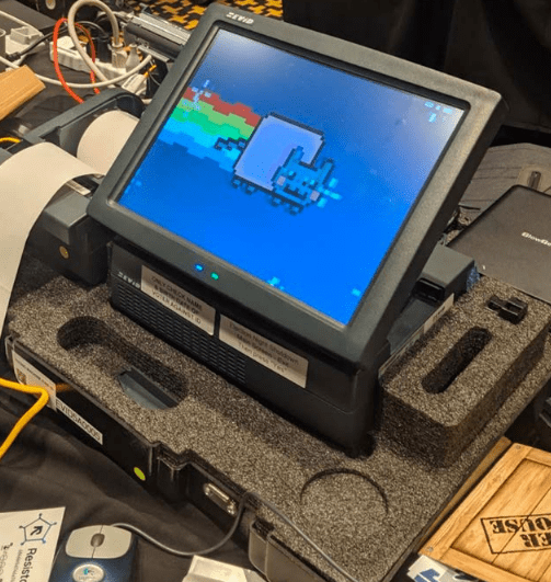 Report from Defcon's Voting Village reveals ongoing dismal state of US electronic voting machines