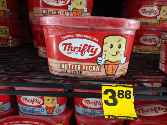 """Thrifty """"square"""" ice cream scoops already sold out"""
