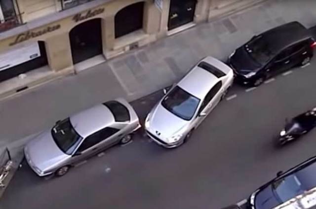 Incredible feat of parallel parking