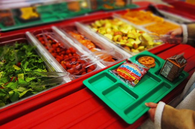Minnesota high school threw away hot lunches for students with over $15 of lunch debt