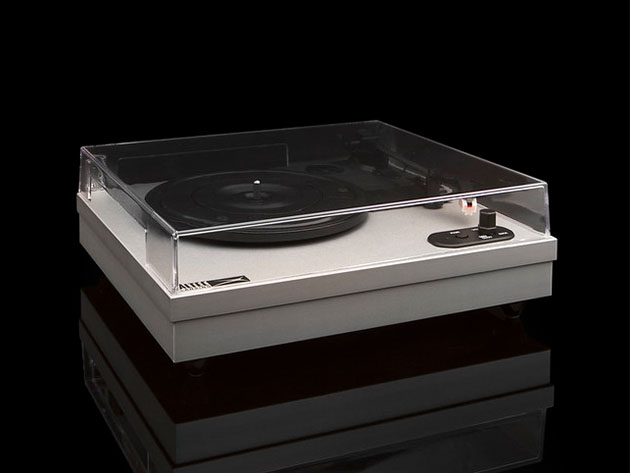 This hi-tech turntable brings your vinyl into the modern age