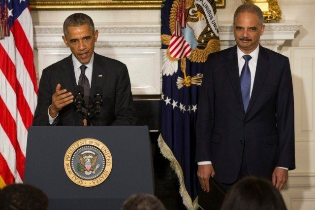 Holder-Obama-Farewell-Ap-1024x682