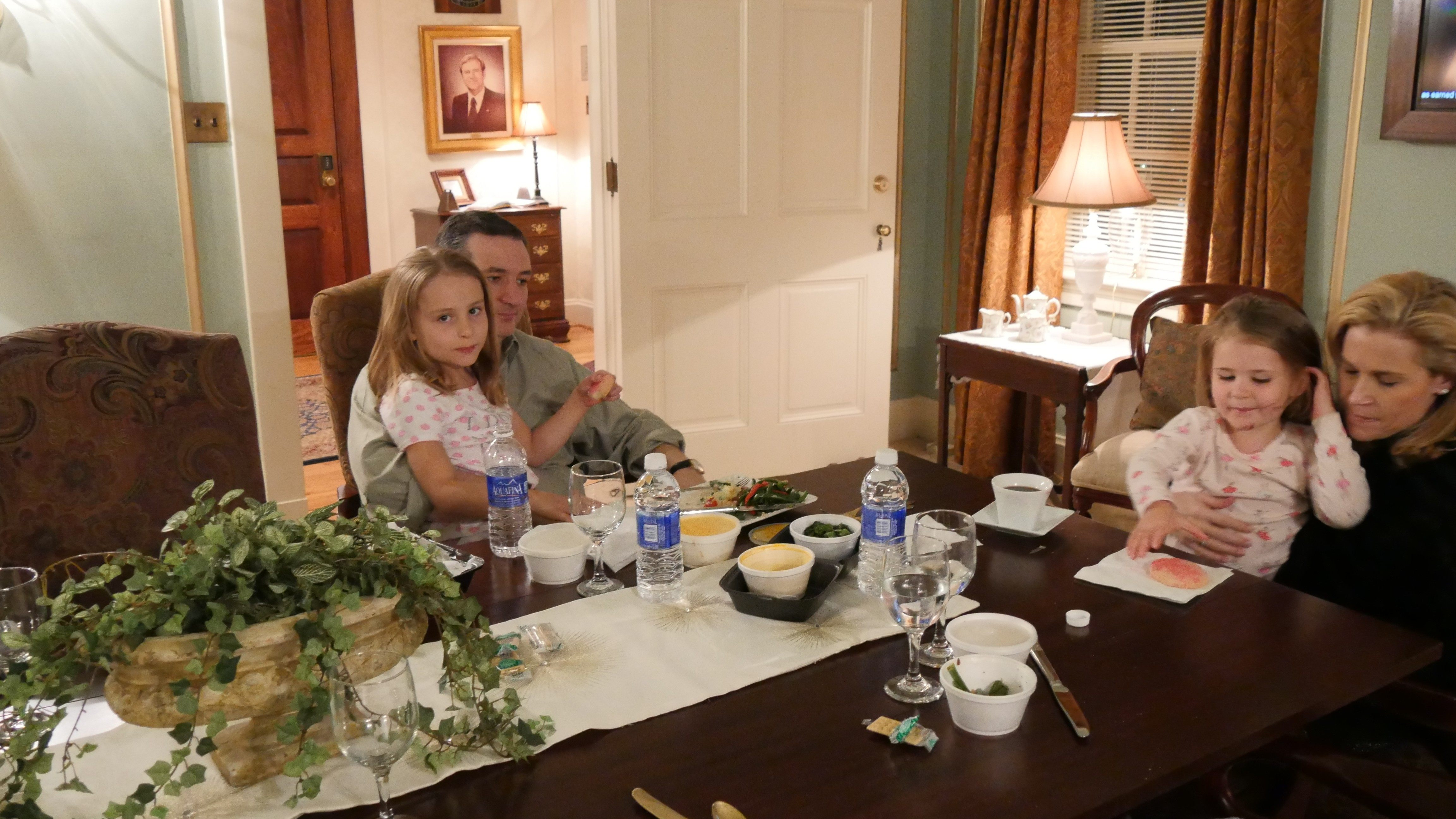 Exclusive Photos  Potential First Family Gets Ready For