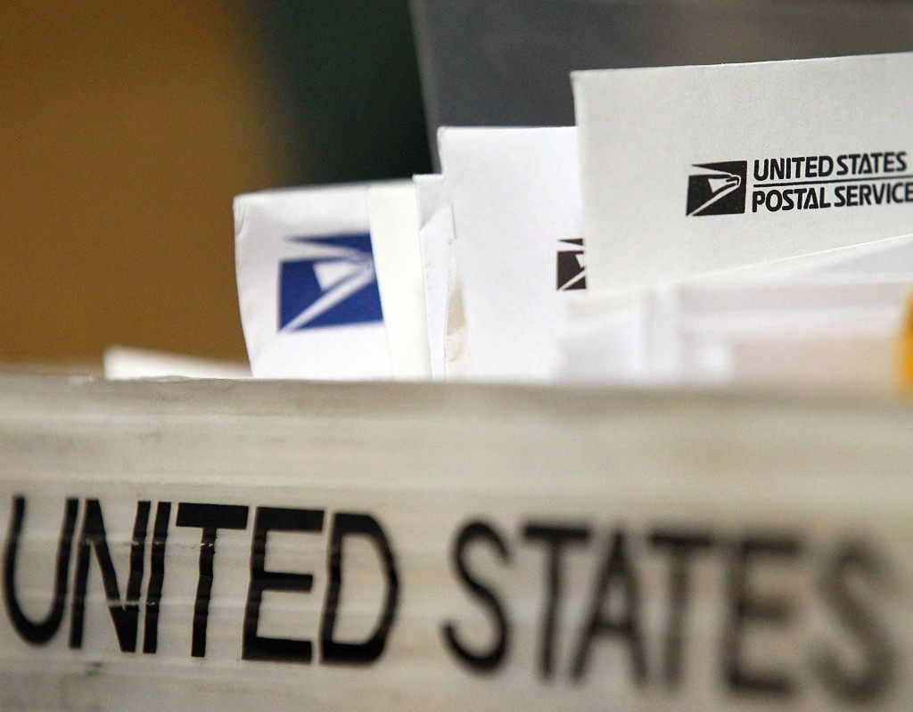 Mail US Postal (Justin Sullivan / Getty)