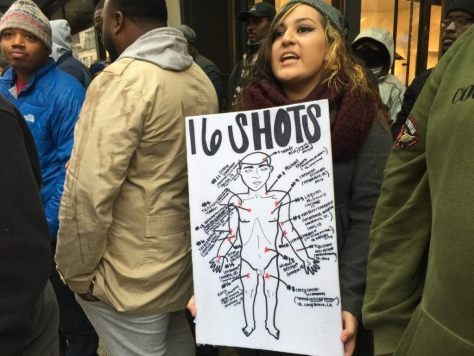 Black Friday Protests in Chicago (Lee Stranahan / Breitbart News)