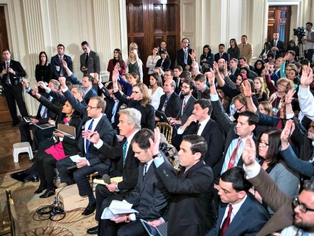 Trump Ridicules Media at Pennsylvania Rally: 'They Deserve a Big, Fat Failing Grade' - Breitbart