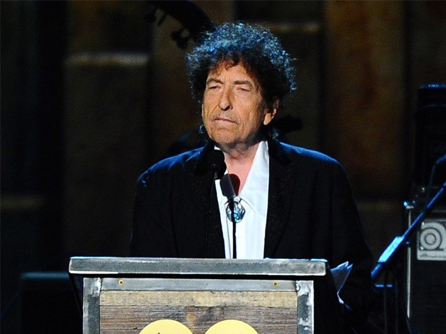 Bob Dylan Accused of Lifting Parts of Nobel Prize Speech