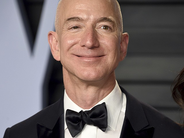 Jeff Bezos arrives at the Vanity Fair Oscar Party on Sunday, March 4, 2018, in Beverly Hills, Calif. (Photo by Evan Agostini/Invision/AP)