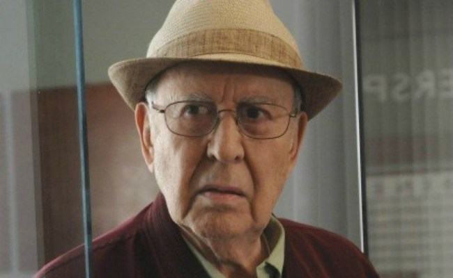Carl Reiner America Is Being Destroyed By Racism Fear