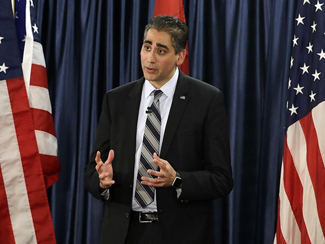 Healthy Tennessee President Dr. Manny Sethi serves as a moderator during a gubernatorial candidate forum on health care Friday, Jan. 19, 2018, in Nashville, Tenn. (AP Photo/Mark Humphrey)