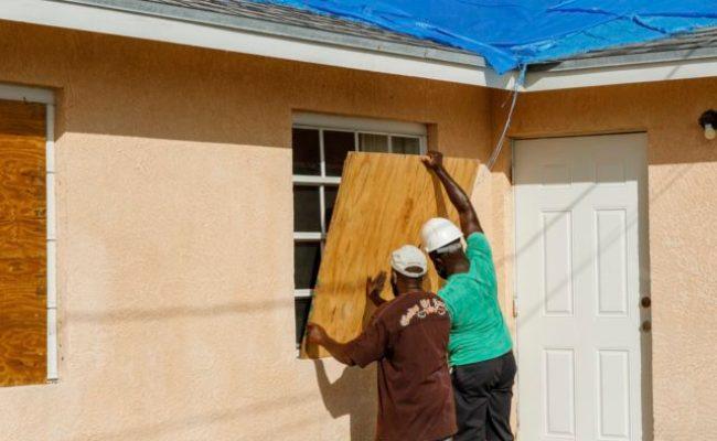 Hurricane Isaias Lashes Bahamas Virus Hit Florida Braces