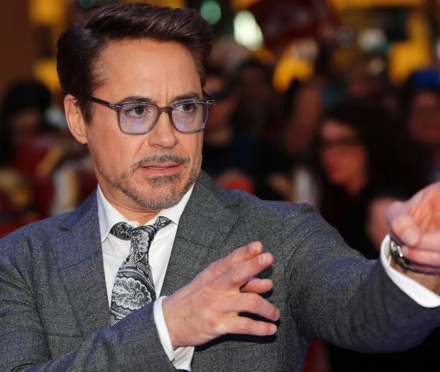 Robert Downey Jr S Net Worth Is 260 Million