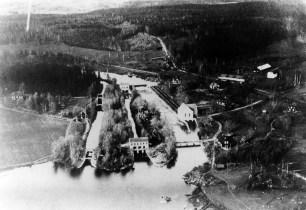 Flygfoto över Semla kraftverk, foto ca 1920