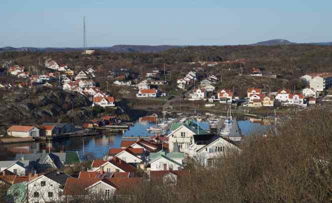 Marstrandson i forgrunden och Koon