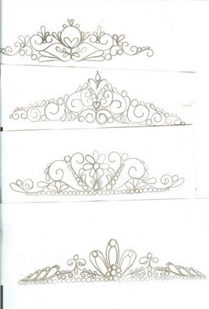 Miley Cyrus 2011: princess crown template