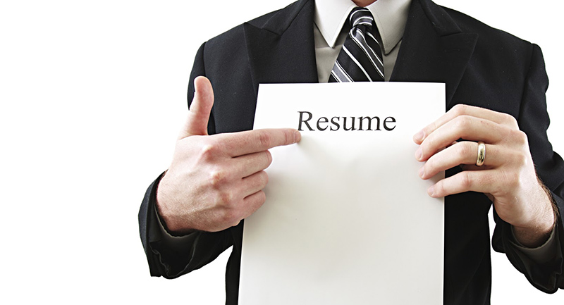 Resume Tip Tuesday: 5 Easy to Fix Mistakes on Your Resume | CareerBliss